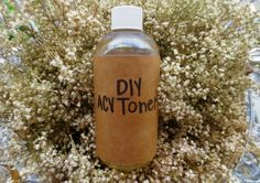 Blog post at Rebecca Kelsey Sampson : An Apple Cider Vinegar (ACV) Toner is so easy to make. You only need two ingredients! This toner/astringent recipe can even be customized [..]