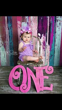 I'm in love with this for first birthday session!!!!! :)