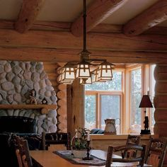 Rustic dining room lighting - You shall have already realized that lamps. We love the lighting rustic, we talked about it on several occasions and I have Chandelier Bedroom, Rustic Chandelier, Chandelier Lighting, Lantern Chandelier, Lanterns, Cabin Lighting, Rustic Lighting, Dining Room Light Fixtures, Dining Room Lighting