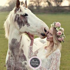 Enamórate de las coronas grandes, ideales para tu boda en invierno #NoviaBodaTotal