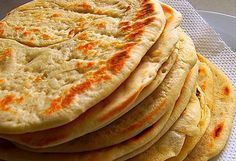 One of the most well-known foods in Greek cuisine is pita bread. It's used to scoop-up dips that are usually included in the mix of mezedes (Greek appetizers). Food Network Recipes, Food Processor Recipes, Cooking Recipes, Greek Pita Bread, Cyprus Food, Greek Appetizers, The Kitchen Food Network, Greek Cooking, Greek Dishes