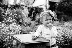 Babyfotografie Frühling schwarz weiss Fotografie
