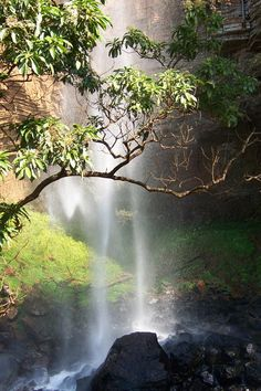 One of the many waterfalls on the Sabie Route – By and © Suzaan Minnaar (South Africa)/ Один из водопадов / Один из Водопадов по дороге в Sabie. Фото © Suzaan Minnaar (Южная Африка) Most Beautiful Beaches, Beautiful Places, Beautiful Pictures, Beaches In The World, My Land, Africa Travel, 6 Years, South Africa, Places To Go