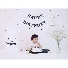 chakiさんの、ig☞chay_ttt,かすみ草,レターバナー,北欧,IKEA,モノトーン,こどもと暮らす。,プレースマット,雲,白黒,ミッフィー,シンプル,誕生日飾り付け,誕生日ケーキ,誕生日,ウォールステッカー,机,のお部屋写真