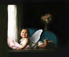 22 Portraits That Make Wonderful Use of Natural Window Light  Look! There's an angel near the window! by vramak, via Flickr