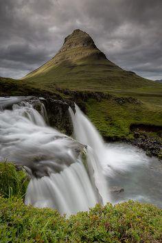 Kirkjufellsfoss Portrait - Iceland