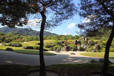 By Yuichi Azuma via Google + Adachi Museum, Japanese Gardens, Zen, Golf Courses, Google, Beautiful, Japan Garden