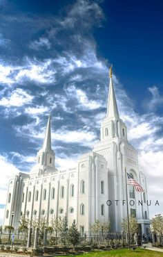 Brigham City, Utah LDS Temple. I want to go see this place one day. Please check out my website thanks. www.photopix.co.nz