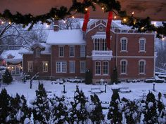 Galena , Illinois at Christmas.. picture postcard perfect!