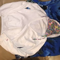 Soffe V Neck sweatshirt Great condition Soffe Jackets & Coats Utility Jackets