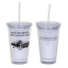 Supernatural Impala Travel Cup: Want! Supernatural Fans, Supernatural Birthday, Supernatural Merchandise, Supernatural Outfits, Supernatural Costume, Supernatural Christmas, Anime Merchandise, Monster Hunt, Travel Cup