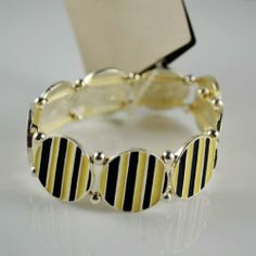 Circle Pattern Design Stylish Elastic Bracelet Circle Pattern, Best Jewelry Stores, Bridal Necklace, Casual Party, Party Fashion, Black N Yellow, Pattern Design, Bracelets, Necklaces