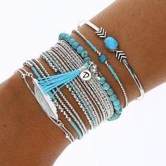 ★Hello...Ma tenue du jour... Tendance or not tendance?...★ #dorianebijoux #bijoux  #tendance #jewelry #etoile #bracelet #turquoise #chrysoprase  #argent925 #pompom #miyuki  https://www.doriane-bijoux.com/