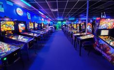 This Wisconsin Arcade With 150 Vintage Games Will Bring Out Your Inner Child Vintage Video Games, Vintage Games, Arcade Game Room, Arcade Games, Menomonee Falls, Houston, Neon Aesthetic, Night Aesthetic, Video Game Collection