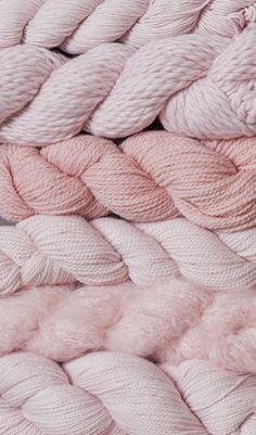Yarn Wallpaper – Knitting by caro-nika – Purl Knit Needles Texture Knit Wallpaper Roll by Spoonflower