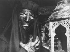 BELPHEGOR - Belphégor ou le Fantôme du Louvre ou Belphégor est une mini-série française en 4 « époques » (épisodes) de 70 minutes, en noir et blanc, créée, écrite et dirigée parClaude Barma, adaptée par Jacques Armand d'après le roman d'Arthur Bernède. Elle a été diffusée pour la première fois entre les 6 et 27 mars 1965 sur la première chaîne de l'ORTF.