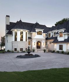 Dream house exterior mansions luxury architecture 7 - www. Dream Home Design, My Dream Home, House Design, Design Studio, Dream House Exterior, Dream House Plans, Big Houses Exterior, Luxury Homes Dream Houses, Dream Homes