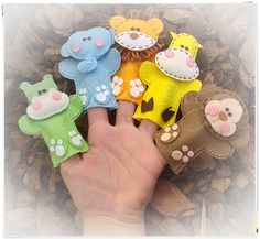 Zoo animals finger puppets