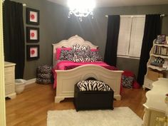 This is exactly what I imagined for Krystens room! Except pink and black curtains.:)