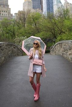 pink // rain (ASOS skater trench in blush + J Crew deck-striped t-shirt in undyed shell pink + Madewell 'adirondack' cotton short overalls + Hunter rain boots in rhodonite pink + Chanel bag + Hunter bubble umbrella) Rainy Outfit, Rainy Day Outfit For Spring, Summer Day Outfits, Summer Boots Outfit, Cute Rainy Day Outfits, Rainy Day Fashion, Outfit Of The Day, Cute Outfits, Outfit Winter