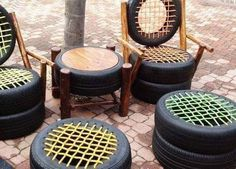 Car tire, please don't throw it away. With a small car tire, it is possible to make amazing ideas th Backyard Projects, Projects For Kids, Diy For Kids, Project Ideas, Console, Old Car Parts, Tire Art, Used Tires, Diy Car