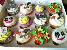 Batman Cupcakes!!