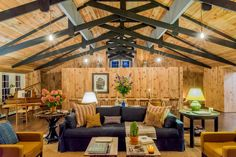 UPSTATE NEW YORK - Cabin in Catskill, United States. Bonner Lodge is our secret little hideaway (well, not that little at 2,500 square feet) in the Hudson Valley/Catskills area of upstate New York.  We first learned of this former Girl Scout Camp lodge through friends who purchased and renovated a p...
