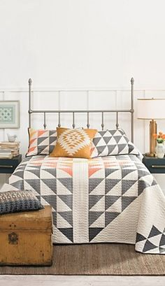 Curl up with Pendleton quilts that will make your bedroom beautiful. Shop Southwestern quilts, patchwork quilts and more.