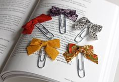 Paper clip bows by How About Orange, via Flickr