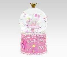 Hello Kitty snow globe-