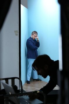 Twitter / steviebphotos: behind the scenes at holborn studios with #martinfreeman
