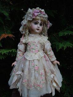 Exquisite Couturier Costume 3 pcs for antique french Bebe Jumeau Bru Eden doll