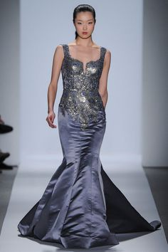 Click for a close up, it will be worth the trip.  Dennis Basso   Fall 2013 Ready-to-Wear Collection   Style.com