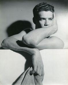 Vintage Photography: Robert McVoy by George Platt Lynes c.1941; what a looker.