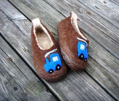 FELTED SLIPPERS TRAĶĪC pamana.lv
