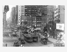Hennepin Avenue, Minneapolis, MN 1920s