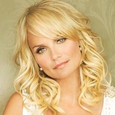 I would love to meet Kristen Chenoweth someday. She is not only dripping with talent, but she is a kind person all about loving others. Such a great role model!
