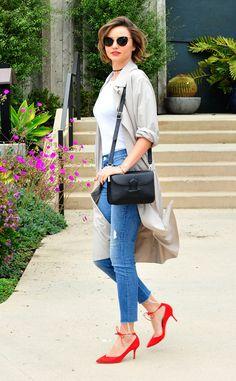 Love Miranda Kerr's strappy summer sandals!
