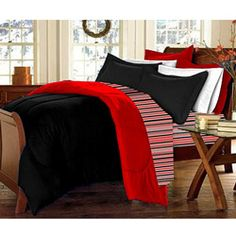 Be sure to look for extra-long Twin Size linens--and it never hurts to have the school colors!