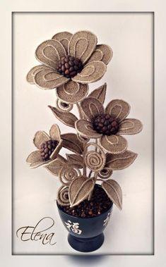 Flower Crafting Burlap, hemp, jute - all great materials for flower making Jute Flowers, Diy Flowers, Fabric Flowers, Paper Flowers, Twine Crafts, Diy And Crafts, Coffee Bean Art, Diy Y Manualidades, Material Flowers