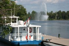 Liftlock & the River Boat Cruises ~ Peterborough, ON