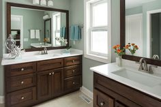 Simple Bath that is pretty, yet functional.    Rochester Kitchen - traditional - bathroom - minneapolis - Renae Keller Interior Design, Inc.