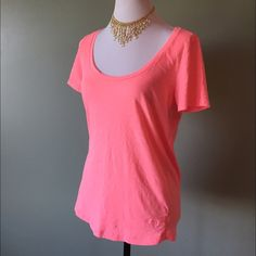 Pink scoop neck tee shirt size xs Never worn, Pink scoop neck tee shirt size xs. Really pretty bright pink color. PINK Victoria's Secret Tops Tees - Short Sleeve