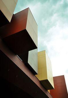 Musée du quai Branly (Jean Nouvel)   Flickr - Photo Sharing!