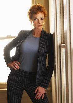 Lauren Holly - NCIS director// loverly miss her too