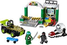 LEGO Juniors Teenage Mutant Ninja Turtles 10669: Turtle Lair. A Juniors set released in 2014.
