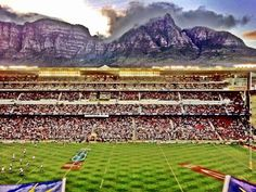 Newlands Rugby Stadium - home of Western Province Rugby and the Stormers! The oldest Rugby club/grounds in the world. Devil's Peak, part of Table Mountain, as backdrop Rugby Pictures, Rugby Club, Tomorrow Is Another Day, Field Of Dreams, Volunteer Abroad, Table Mountain, Gap Year, Cape Town, Adventure Time
