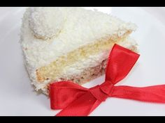 Удивительный торт, этот Рафаэлло!!! На него можно смотреть долго, на такого пушистого, а вот съедается он безумно быстро...:) ! Рецепт для крема: Маскарпоне(...