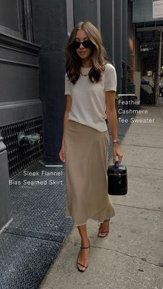 Felicia wears the feather cashmere tee sweater and sleek flannel bias seamed skirt fashion outfits french style chic Felicia Akerstrom in Theory Mode Outfits, Casual Outfits, Fashion Outfits, Fashion Tips, Office Outfits, Casual Office, Fashion Ideas, Office Wear, Sweater Outfits