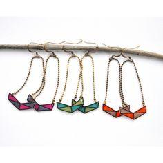 Boucles d'oreilles dessinées en plastique fou - Sur le valet de CarO